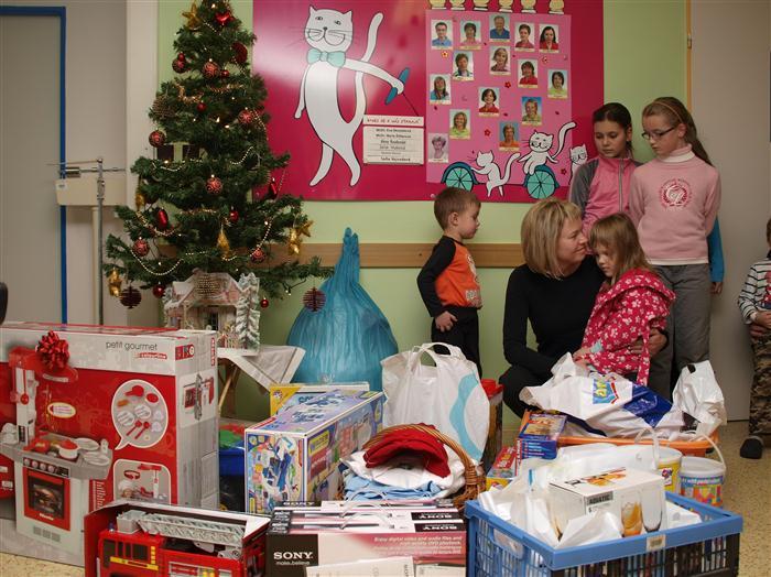Fanklub se podílel na akci pro dětské oddělení v Nemocnici Jihlava